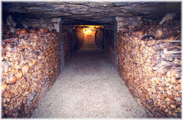 sfintele-moaste-ale-catacombelor.jpg