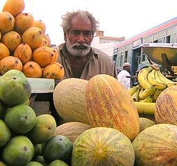 la-piata-in-pakistan.jpeg