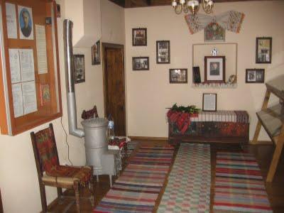 interior casa parinteasca Staniloae
